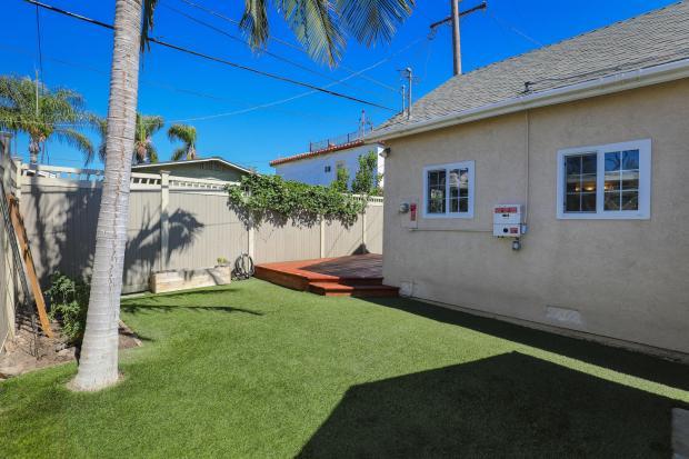 4463 Bancroft St San Diego CA-large-030-24-4463 Bancroft-1500x1000-72dpi